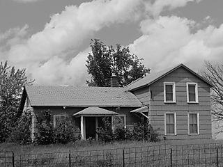 Abandoned Houses 018